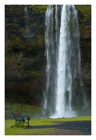 Cascada-Seljalandsfoss-web